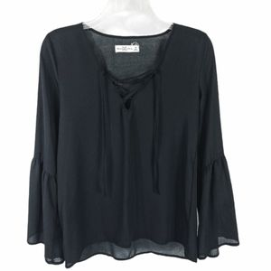 🆕Abercrombie&Fitch Black Lace-Up Bell Sleeve Top